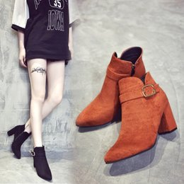 women shoes 2017 autumn and winter new rough with boots female British wind round head retro leather boots belt buckle side zipper boots