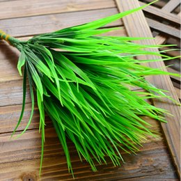 Wholesale Hot Selling fork Green Grass Artificial Plants For Plastic Flowers Household Store Dest Rustic Decoration Clover Plant