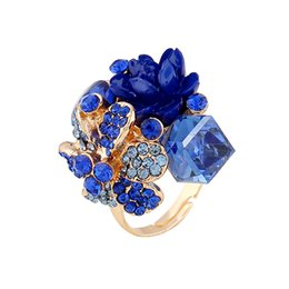 Wholesale 2016Resin Flower Crystal Rings New Fashion Design Woman Party Rings Female Jewelry Bijoux Women Bagues Multi Color Ring Hot Sale