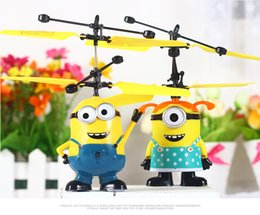 Wholesale EMS set USB Infrared Induction Remote Control RC Helicopter Despicable Me boy girl Minions plane flying Balls kids toy
