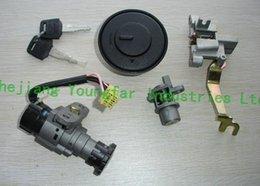 Wholesale Ignition Switch Key Set Lock Set wires male plug for Scooter Keeway Venus TNG Venice Qianjiang QJ50QT Vmoto Milan JX50