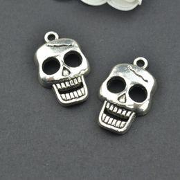 wholesale 60 pcs Vintage tibetan silver hue skull charms metal pendants for diy necklace & bracelets jewelry fitting 24*15 mm 2291