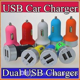 Wholesale 200X High Quality Micro Auto Universal Dual USB Car Charger V A Mini Adapter With Short Circuit Protection for cell phone S plus P SC