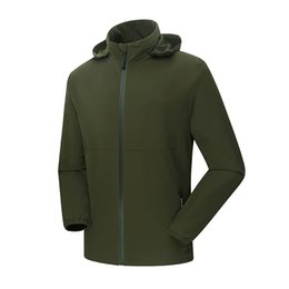 Wholesale 2016New men brue Outdoor Windstopper Softshell Jacket using for Climbing hiking travelling adventure and sports in any extreme weat