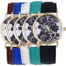 2016 New Fashion Simple National Wind Leather Band Watch for Woman Flower Print Dial Casual Watch for Woman Quartz Analog Women's Watch