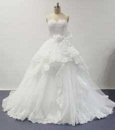 Wholesale Real Images Ball Gown Wedding Dresses Sweetheart Tiered Court Train Tulle Bridal Gowns with Big White Bow