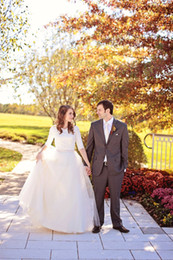 Half Sleeve Autumn Wedding Dresses With half Sleeve Sash Applique Lace Bow Covered Cutton Custom Made ball Gown Vintage Bridal Gowns