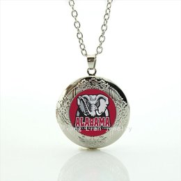 Wholesale Alabama team picture locket necklace Newest mix sport team glass sports Team badge Souvenirs jewelry gift for men NF011