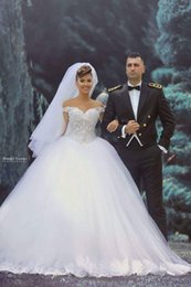 Free Shipping 2016 New Off-Shoulder Ball Gown Wedding Dresses Tulle Applique Beads Lace Bridal Gowns Sweep Train