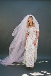 New Hot Elegant Luxury High Quality Best Sale Romantic Chapel White Ivory Cut Edge Veil Bridal Head Pieces Alloy Comb For Wedding Dresses