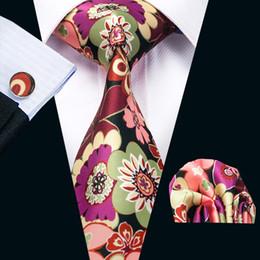 New Style Mens Printed Ties Mix Color Flower Pattern Black Business Wedding Silk Tie Set Include Tie Cufflinks Hankerchief N-1257