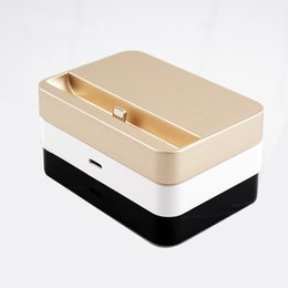 Wholesale Top Quality Portable Data Sync Base Micro USB Charging Syncing Docking Station Dock For iPhone S c Plus s iPod