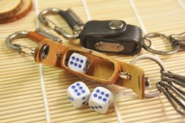 Wholesale Hot Sale New Special key chain Vintage retro handmade genuine cowhide leather keyring case holder Creative dice cas Fashion accessories