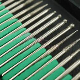 Forets en métal à vendre-1 Set Kit Bits 30pcs de remplacement en métal Drill File Salon Nail Art Outils Accessoires avec Box pour perceuses électriques Système de remplissage
