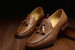 Descuento los hombres hechos a mano de los zapatos oxford 2016 nuevos zapatos hechos a mano de Oxford para el negocio formal de los hombres zapatos de vestido del Mens Zapatos cómodos del cuero genuino de los planos de los mocasines