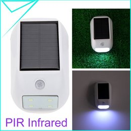 Wholesale PIR Infrared Motion Light Sensor LEDs Solar Powered Panel Security Wall Light Outdoor Camping Automatic Lamp AA battery