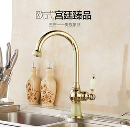 Wholesale New Design Gold and Chrome Hot and Cold Bathroom Taps Washbasin Counter Basin Mixer Faucet