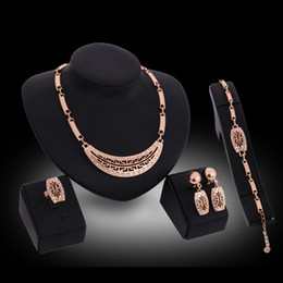 Ring Necklace Earrings Bracelet Jewelry Set Fashion Exquisite Rhinestone 18K Gold Plated Alloy 4-Piece Set Party Jewelry Wholesale JS192