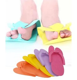 Wholesale Disposable Spa Tools Pedicure Slippers Comfortable Convenient Nail Art Tools Salon Flip Flop Foot Free Size EVA Foam Material