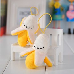 Wholesale 20pcs Grilled banana skin peeling phone small pendant cute plush toys Korean creative wedding decoration gift birthday gift