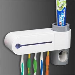 Wholesale 220V Uv toothbrush Cleaner Sanitizer sterilizer holder Automatic Toothpaste Dispenser device box Oral Care