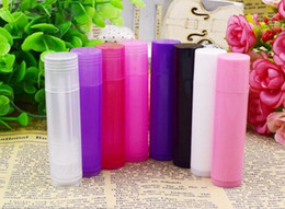 Factory Price 5g Translucent DIY Lipstick Tube Lip Balm Empty Tubes Containers Pack(8 Colors)