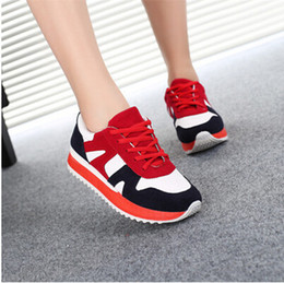 Spring and autumn autumn leisure shoes new ball girl Korean junior high school students sports shoes leisure shoes Korean tide