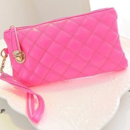 Wholesale Europe popular Big Capacity handle Soft wallet can put phone coin purse female hand wallet Thread Clutch