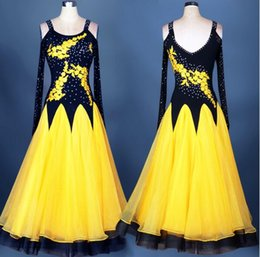 2018 High Quality Custom Made Ballroom Dance Dress Black White Rose Red Blue Lady Dress Ballroom Standard Dance Women Viennese Waltz Dress