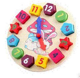 juguete juguetes educativos bloques de construcción de juguete androide de la almohadilla de la almohadilla del juguete de madera del juguete digital Geometría Reloj Niños desde reloj digital de la geometría fabricantes