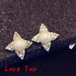 Flower Earrings Fashion Crystal Stud Earrings Korean Big Pearl Earrings for Women Korean Jewelry 18K Gold   Silver Plated Earrings Party Acc
