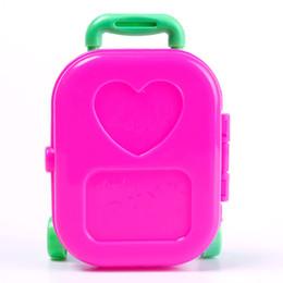Filles valise à roulettes en Ligne-3D Kid Enfant Roue Voyage Train Suitcase Bagagerie Case Doll Dress Jouets Pour Filles Dollhouse Meubles # 65370