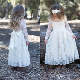 Vintage Flower Girl Dresses Gown for Wedding Cheap High Quality Illusion Long Sleeves Lace Little Girls Dress with Sash Sheer Neckline