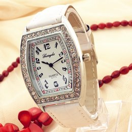 Wholesale PVC leather band silver plate alloy oval case crystal deco simple clear dial gerryda fashion woman lady quartz watches