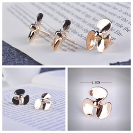 Personality fan brooch fashion windmill corsage men and women universal collar pin casual Korean brooch