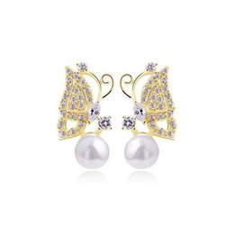 New Arrivals Fashion Jewelry 18K Yellow Gold Plated Clear Crystal Cubic Zirconia CZ Pearl Butterfly Stud Earrings for Women