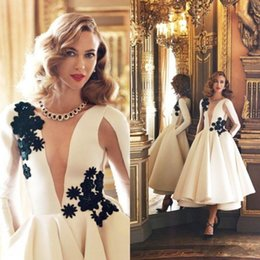 Wholesale 2016 Sexy White Long Sleeves Prom Dresses D Floral Lace Applique Short Party Cocktail Dresses Ankle Length Cheap Satin Formal Evening Gowns