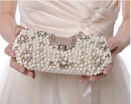 Descuento señoras monederos moldeado Mujeres de moda de lujo de cuentas Cultch Lady Perla de las mujeres elegantes bolso de noche Preciosas banquete bolso de boda nupcial monedero con cadenas