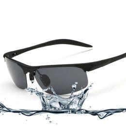 2016 new Outdoor glasses imitation aluminium magnesium polarizing sunglasses Cycling glasses
