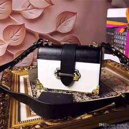 Wholesale Quartet leather handbags fashion bags high quality metal accessories absolute luxury is the woman s favorite