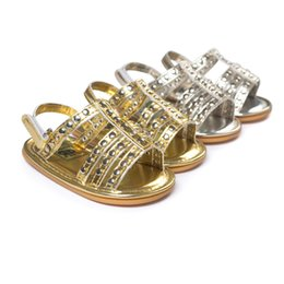 2016 Summer rivet sandals baby shoes First Walker Shoes soft soled shoes soled sandals baby shoes Gold Silver 120