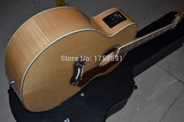 Wholesale Factory Solid Veneer top Back Side Tiger stripe folk Burlywood electric acoustic guitar with Fisherman pickup with case