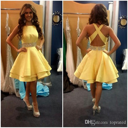 2016 Party Cocktail Dresses Short Prom Homecoming Cocktail Gown with A Line Beads Crystals Backless Yellow Satin Bateau Neck Hot