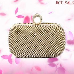 Wholesale 2016 The new high end European and American luxury diamond ring Clutch Handmade diamond fashion trade Messenger bag ladies evening bag