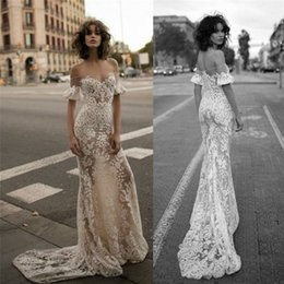 Champagne Off Shoulder Wedding Dresses Delicate Lace Sheath Bridal Gowns Floor Length Custom Made Wedding Gown