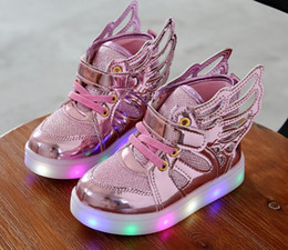 Wholesale 2016 New Autumn Korean Children s Shoes Angel wings Kids Boys Children s Led Light shoes colorful Cartoon fashion shoes CC763