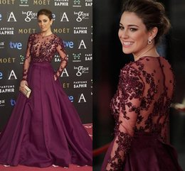 Red Carpet Dresses Evening Wear Sheer Necklines Illusion Bodice Formal Prom Dress With Beads Appliques Long Sleeves Evening Gowns