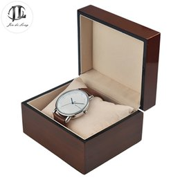 Wholesale Antique Wood Watch Gift Pack Box Case Flannel Pillow Wristwatch Display Showing Boxes Durable Recollection