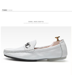 Wholesale Brand Spring men cow leather METAL BUCKLE office work Gommino driving moccasins flat shoe flat rubber low top horsebit loafers flats