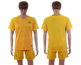 Wholesale new Australia national team soccer jersey football uniform home away men jerseys uniforms man shirt onsale shirts thai with shorts